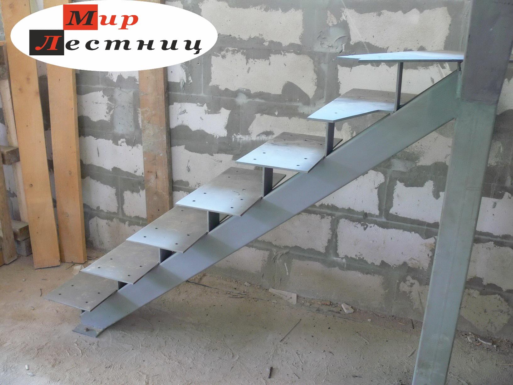 Как сделать лестницу если есть металлический каркас 73